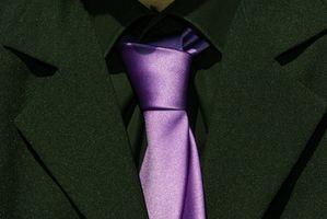 Cómo atar un nudo de corbata merovingia